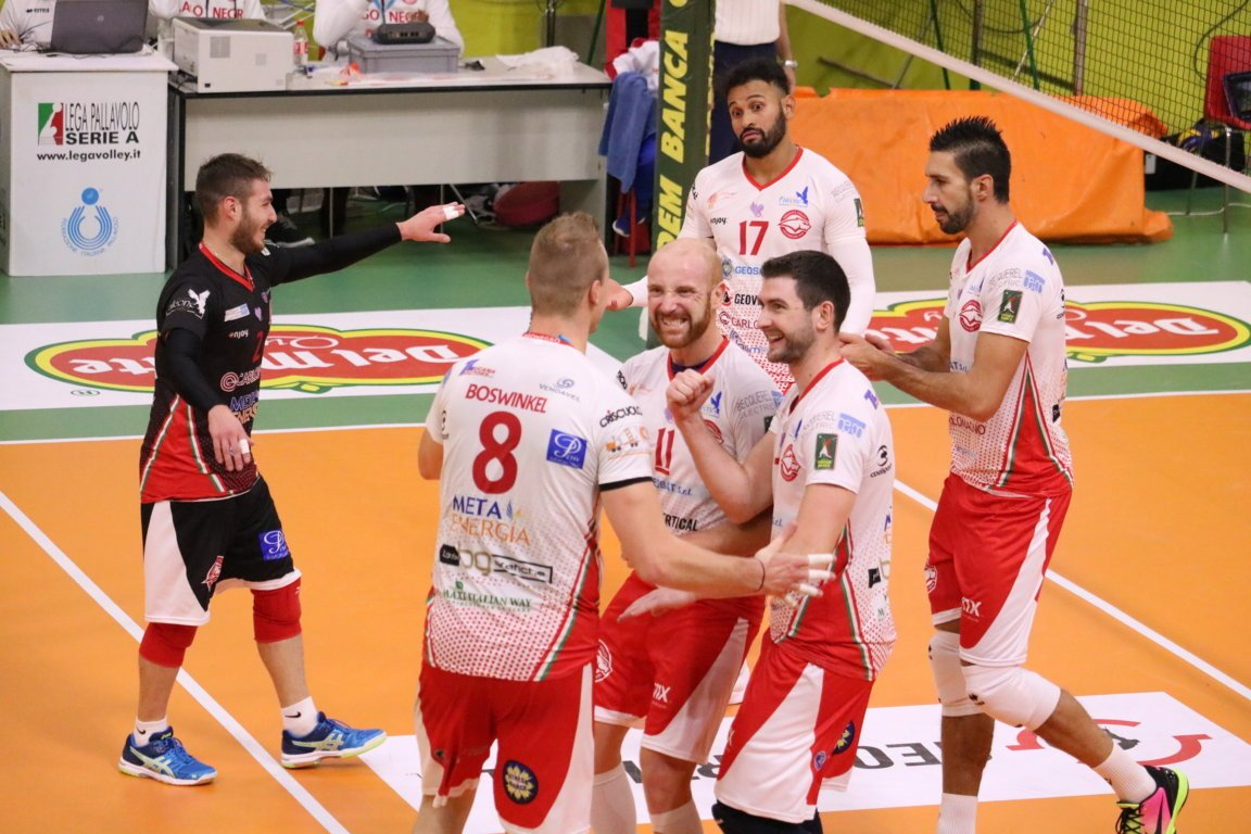Lega Volley Calendario.Calendario Di Fine Anno Serrato Domenica 23 A Civitanova