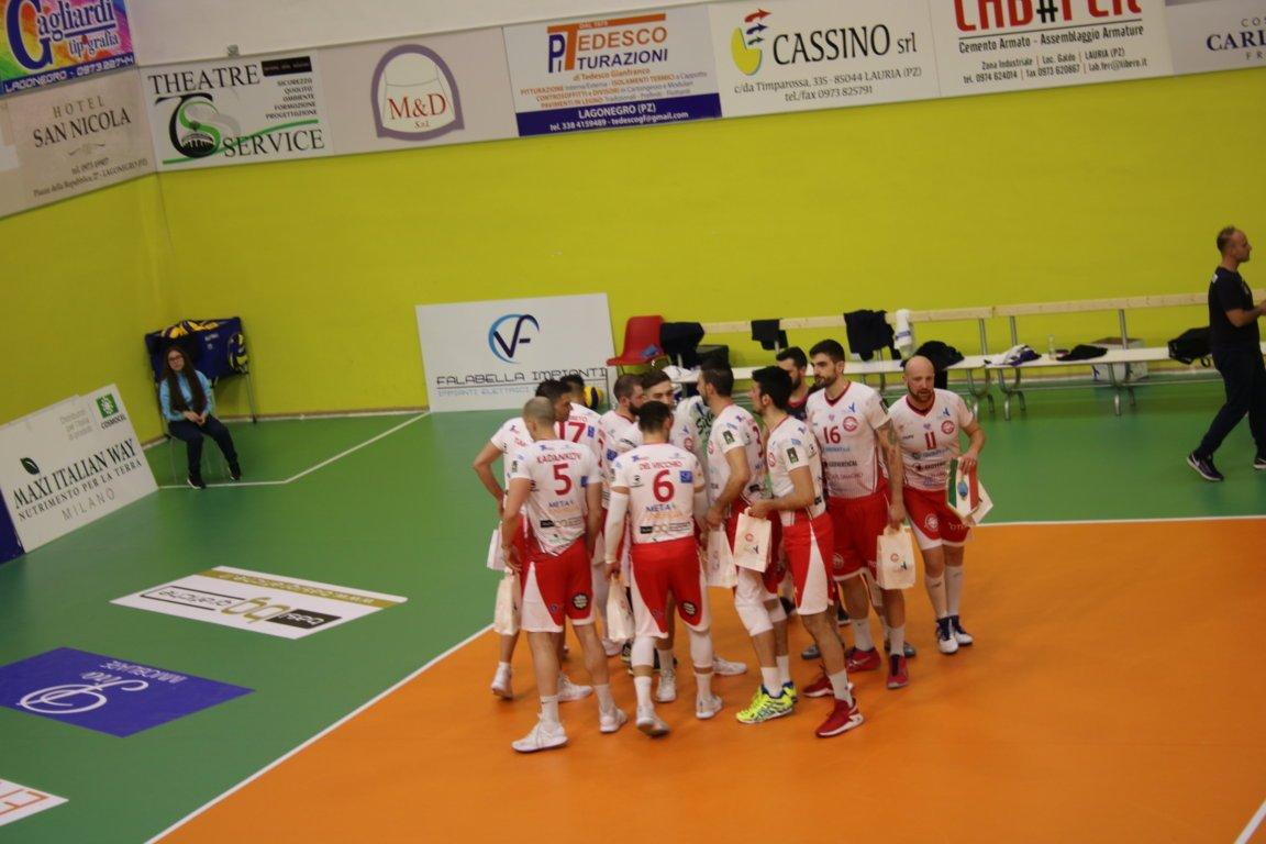Livorno vince gara 2 e verdetto  rimandato a domenica al Pala Alberti